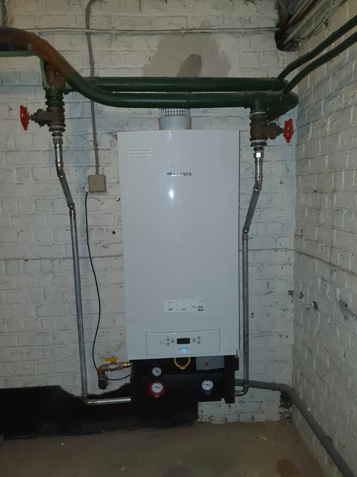 Chaudière a condensation 70kW (4)